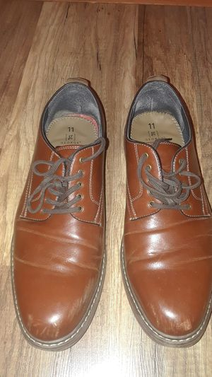 Leather george memory foam shoes size 11 for Sale in Fort Lauderdale, FL