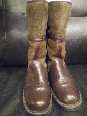 Blondo Shearling Boots for Sale in Chicago, IL