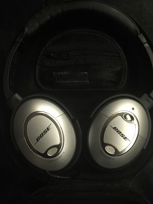 BOSE Quiet Comfort 15 Acoustic Noise Cancelling Headphones for Sale in Austin, TX