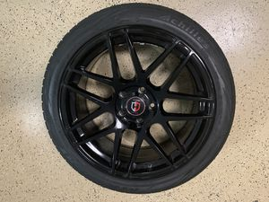 Curva RIMS 19 * 8.5 model c300 with tires. Almost new rims with tires with less than 2k miles. Retails for $1400, Great BMW upgrade. Bolt sequence 5 for Sale in Orlando, FL