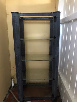 METAL AND GLASS SHELF for Sale in Hialeah, FL