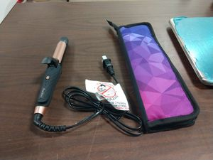 Amovee 2in1 Mini Flat Iron(DB) for Sale in Upland, CA