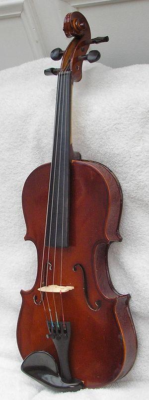 Beginner's Full Size Violin or Fiddle for Sale in Wilmington, DE