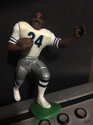 Starting Lineup Dallas Cowboys Hershel Walker action figure for Sale in Portland, OR