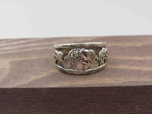 Size 8.25 Sterling Silver Marcasite Elephant Band Ring Vintage Statement Engagement Wedding Promise Anniversary Friendship for Sale in Lynnwood, WA