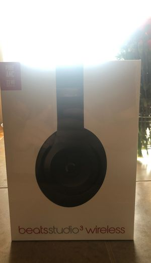Dr Dre beats studio 3 wireless brand new. for Sale in York, PA