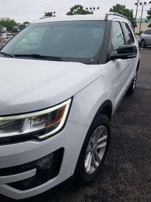 Ford Explorer clean Carfax 1-owner for Sale in Manassas, VA