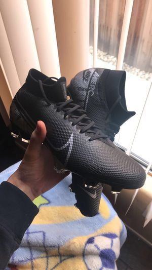 Nike Mercurial Superfly 7 Pro FG 10.5 for Sale in Moreno Valley, CA