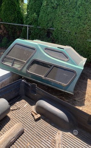 High rise camper fits 97 f150 for Sale in Woodburn, OR