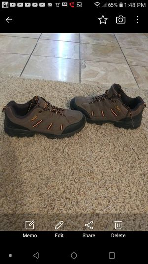 Air balance size 7.5 in good condition for Sale in Bakersfield, CA