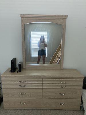 Dresser for Sale in Sebastian, FL