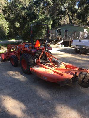 Kubota Tractor and trailer for Sale in Santa Margarita, CA