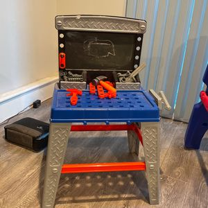 Kids Play Tool Bench for Sale in Los Angeles, CA