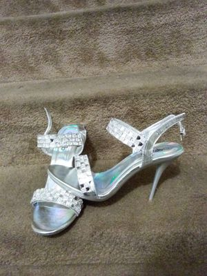 Brand new Silver Heels for Sale in Detroit, MI