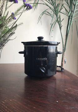 Crock Pot Slow Cooker 4 quarts for Sale in Tempe,  AZ
