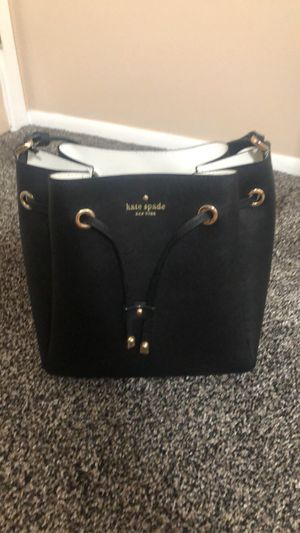 Kate spade bucket bag - good condition for Sale in North Olmsted, OH