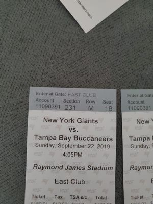 5 tickets Tampa buccaneers vs NY giants ... Sep. 22 for Sale in Orlando, FL
