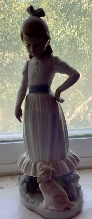 Lladro figurine. Beautiful and never broken and is a must for Lladro collectors! for Sale in Menifee, CA