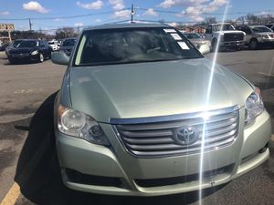 2008 TOYOTA AVALON. 181K MILES. EXCELLENT SHAPE. RUNS N DRIVES EXCELLENT for Sale in Yonkers, NY