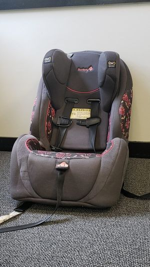 Car seat for Sale in Sanford, NC