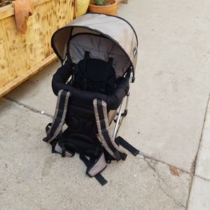 Hiking Baby Carrier for Sale in Los Angeles, CA