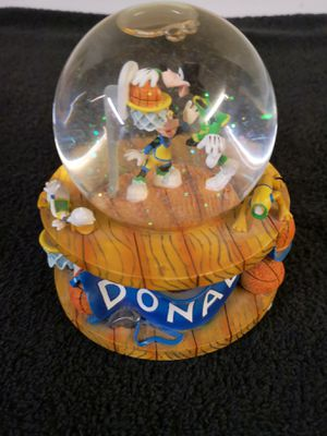 Disney Donald Goofy Mickey Snowglobe Music Box for Sale in Yonkers, NY