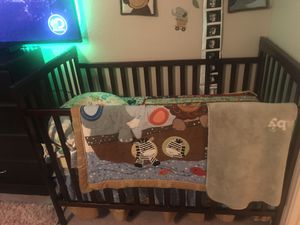 Baby crib and changing table for Sale in Mesquite, TX