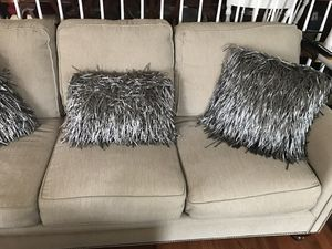 """Cynthia Crowley Decorative 18"""" Square Throw Pillows for Sale in Centreville, VA"""