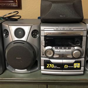 Phillips stereo system Cd/cassette Player for Sale in Burleson, TX