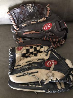 Lefty softball gloves for Sale in Pomona, CA