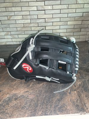 Adult Rawlings softball glove for Sale in Houston, TX
