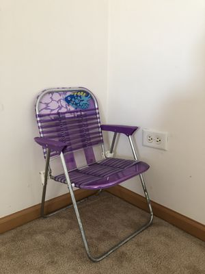 Kids folding chair-$5 for Sale in Bolingbrook, IL
