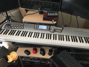 Alesia Fusion 8 HD - 88 key workstation synth for Sale in Houston, TX