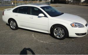 2011 Chevy impala for Sale in Fresno, CA