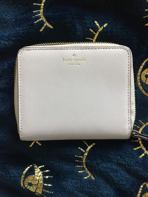 Kate Spade Margaux small Bifold Wallet for Sale in Hawaiian Gardens, CA