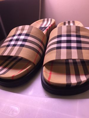 Burberry Ashmore Slides US size 7 for Sale in Kennesaw, GA