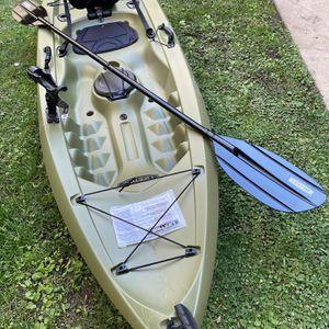 NEW Lifetime Tamarack Angler Fishing Kayak for Sale in Los Angeles, CA