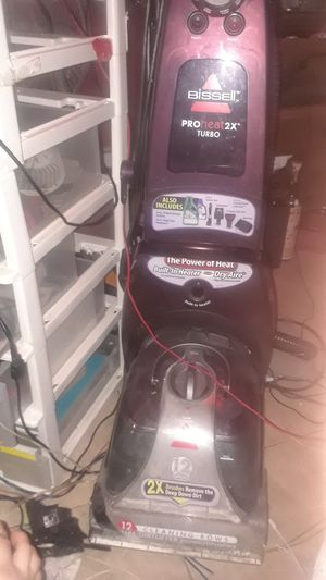Bissel Proheat 2x Turbo_vaccum/carpet Steam/cleaner\heater/ attatchments for Sale in Los Angeles, CA