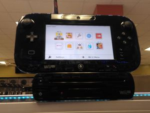 Nintendo Wii U complete and a game see pict. for Sale in Dallas, TX