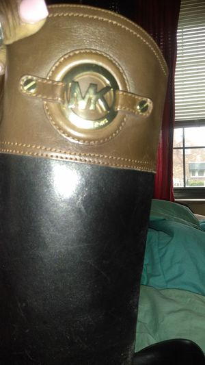 Michael kors riding boots for Sale in St. Louis, MO