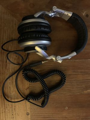Sony MDR-V700DJ DJ-Style Monitor Series Headphones for Sale in San Diego, CA