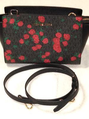 Michael Kors black floral crossbody purse for Sale in San Antonio, TX