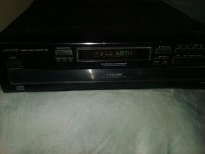 Onkyo CD Player for Sale in Visalia, CA