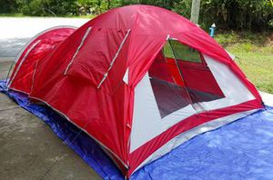 New!! Ozark Trail 4-Person Dome Tent with Vestibule and Full Coverage Fly for Sale in Phoenix, AZ