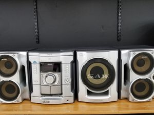 Sony High stereo system for Sale in Detroit, MI