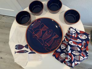 Crate and Barrel Set of Fish Plate Bowls and Towels for Sale in Oceanside, CA