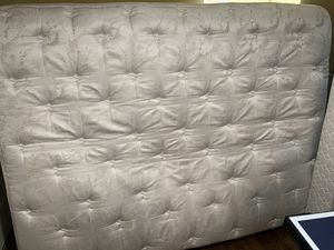 Posture Comfort Prince queen size mattress and box spring brand for Sale in Tacoma, WA