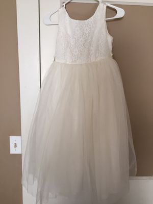 Ivory girl's size 12 flower girl dress for Sale in Four Oaks, NC