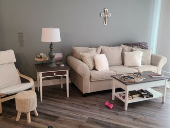 LIVING ROOM SET for Sale in South Park Township,  PA