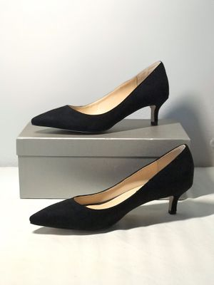 Size8.5 Brand New Classic kitten heels suede Pumps for Sale in Las Vegas, NV